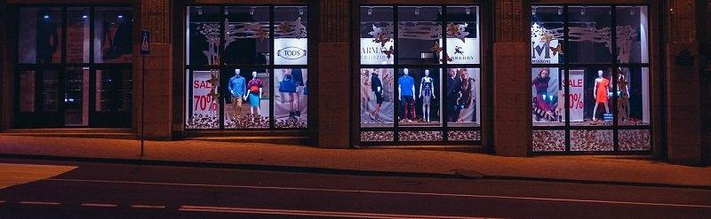 השקעות מניבות - שדרת חנויות אופנה